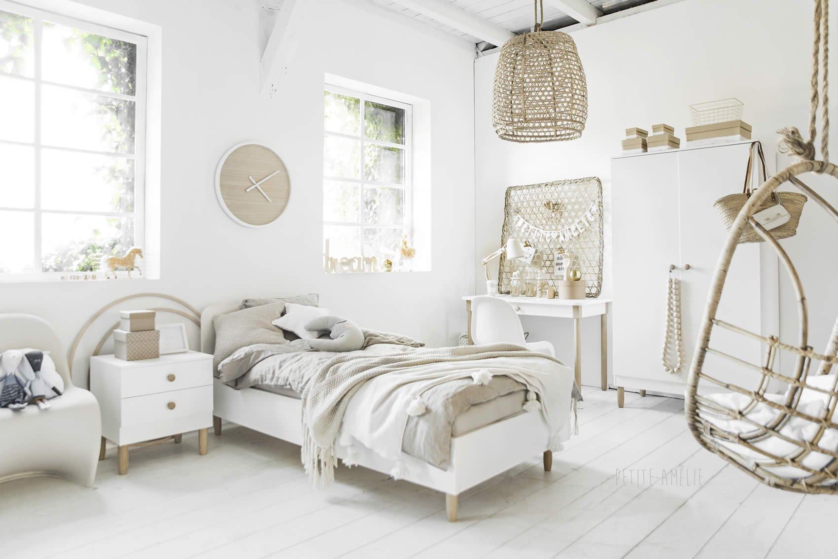 tienerkamer inspiratie: Bocca. Romantisch wit met houten & beige